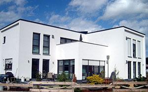 Baukonzept massivhaus in leipzig und karlsruhe bauen for Architektenhaus bauhausstil